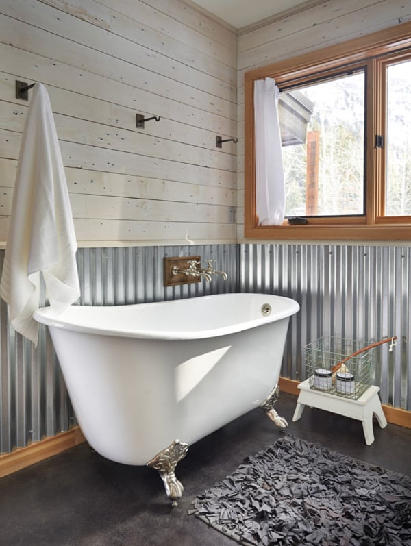 Rustic Barn Bathrooms-10-1 Kindesign