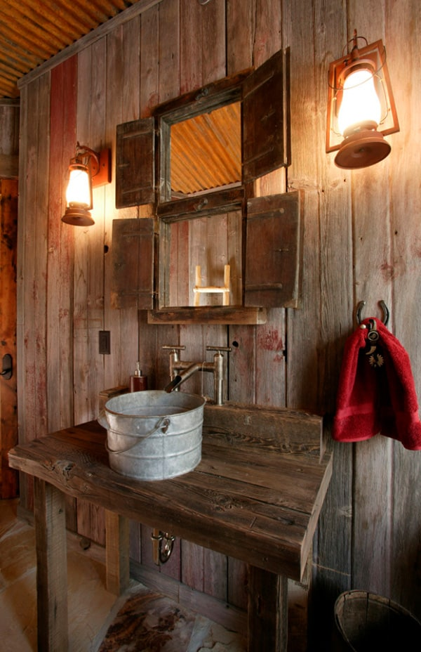 Rustic Barn Bathrooms-15-1 Kindesign