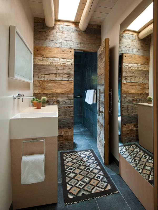 Rustic Barn Bathrooms-25-1 Kindesign