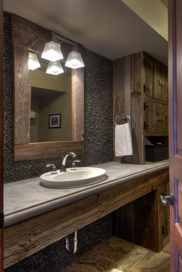 Rustic Barn Bathrooms-35-1 Kindesign