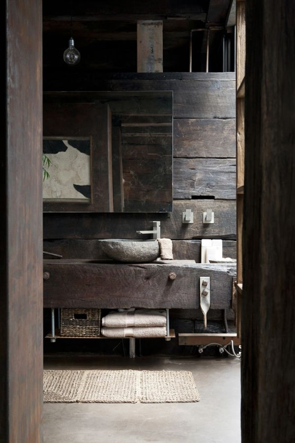 Rustic Barn Bathrooms-36-1 Kindesign