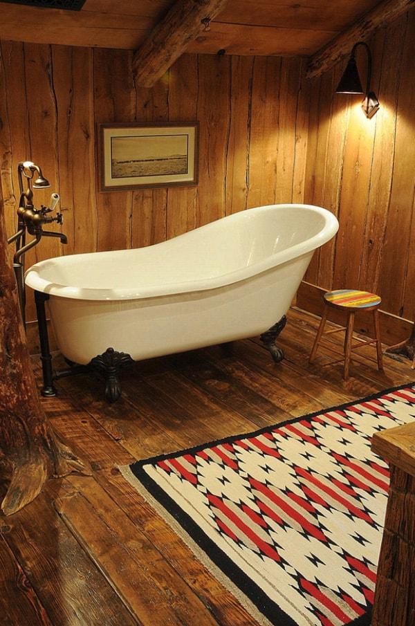 Rustic Barn Bathrooms-42-1 Kindesign
