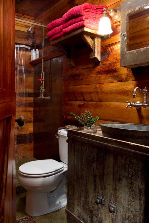 Rustic Barn Bathrooms-44-1 Kindesign