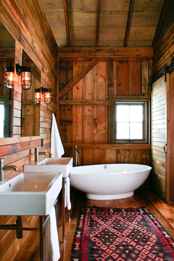 Rustic Barn Bathrooms-45-1 Kindesign