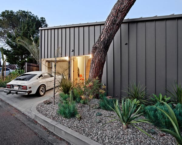 Big and Small House-Anonymous Architects-07-1 Kindesign
