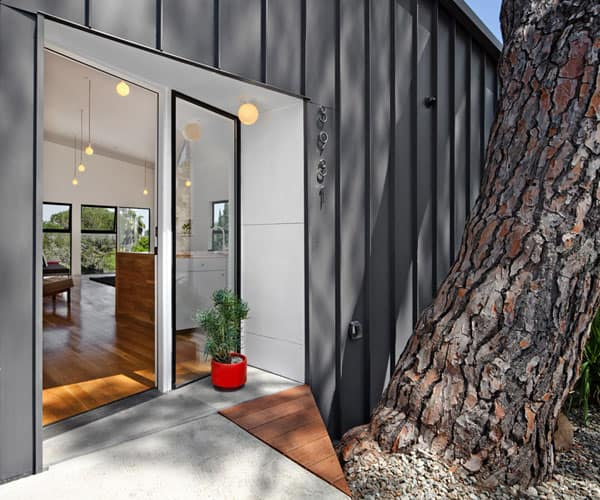 Big and Small House-Anonymous Architects-08-1 Kindesign