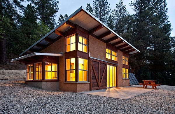 featured posts image for Chalk Hill Off-Grid Cabin getaway retreat