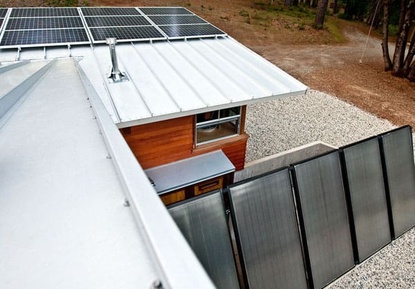 Chalk Hill Off-Grid Cabin-05-1 Kindesign