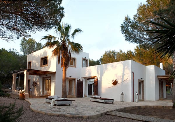 featured posts image for Charming rustic modern home on Formentera