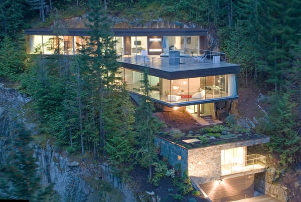 featured posts image for Melded into the Whistler mountains: Khyber Ridge House