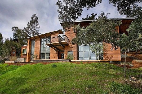 featured posts image for Beautiful residence nestled in canyons of Mill Valley