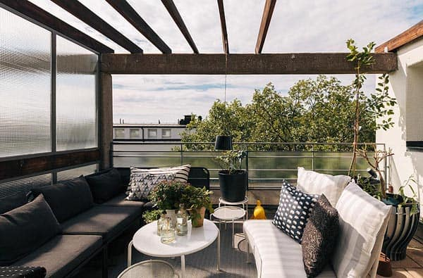 featured posts image for Small Swedish apartment featuring cozy rooftop terrace