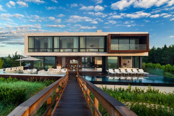 featured posts image for Contemporary oceanfront property in Sagaponack