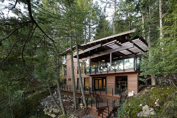 featured posts image for Waterfront hideaway nestled on Gambier Island