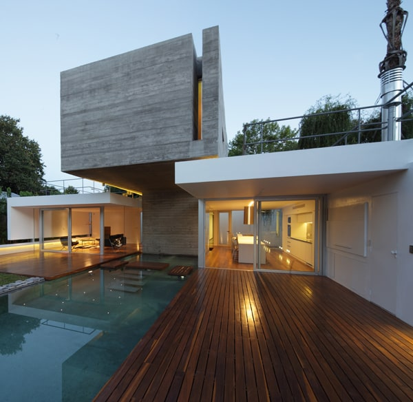 featured posts image for Modern concrete bunker house in Buenos Aires