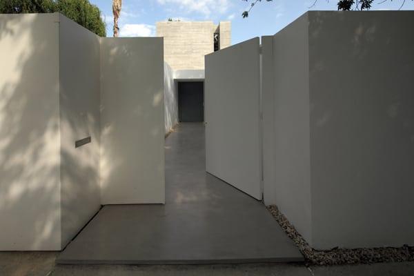 Bunker House-Estudio Botteri-Connell-20-1 Kindesign
