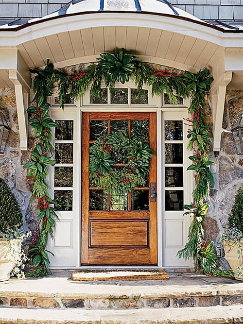 Christmas Porch Decorating Ideas-07-1 Kindesign