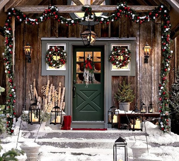 Holiday Porch Decorating Ideas Part - 48: Christmas Porch Decorating Ideas-11-1 Kindesign