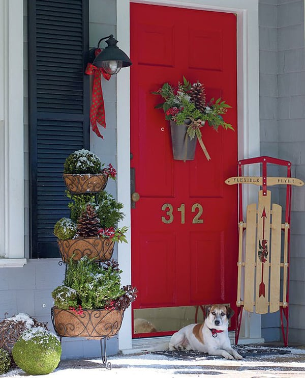 Christmas Porch Decorating Ideas-15-1 Kindesign
