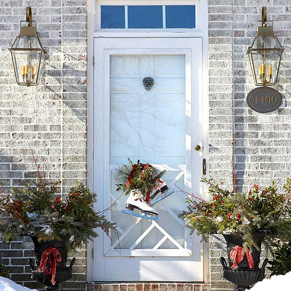 Christmas Porch Decorating Ideas-21-1 Kindesign