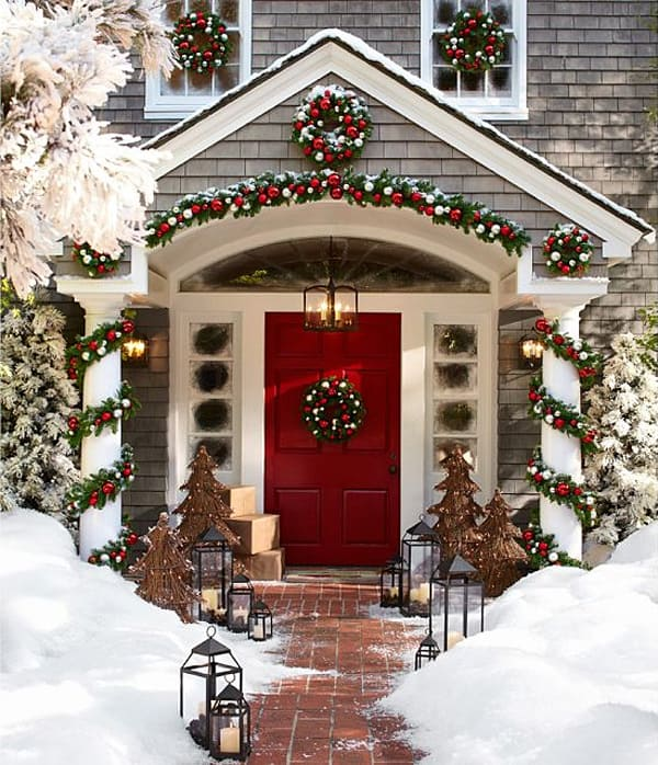 christmas porch decorating ideas 25 1 kindesign - Porch Decorating Ideas Christmas