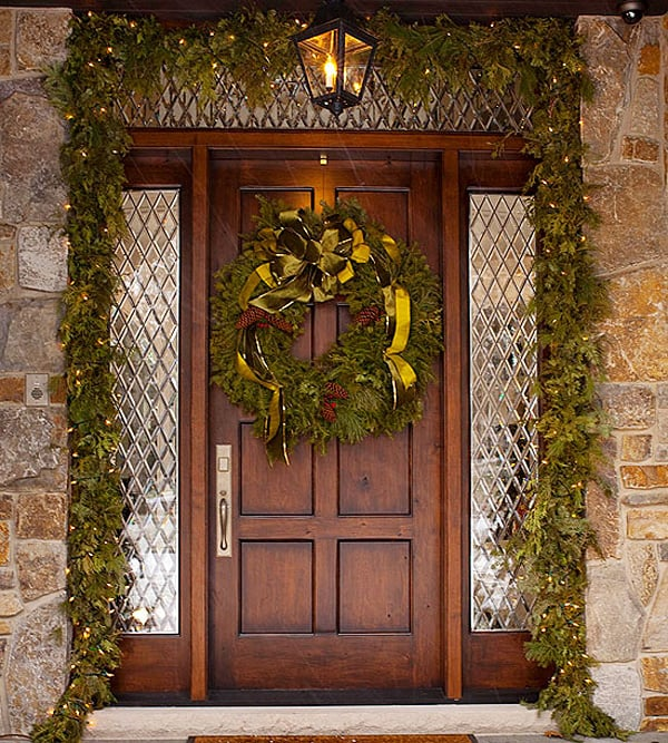 Christmas Porch Decorating Ideas-35-1 Kindesign