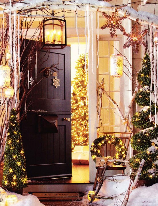 Christmas Porch Decorating Ideas-36-1 Kindesign
