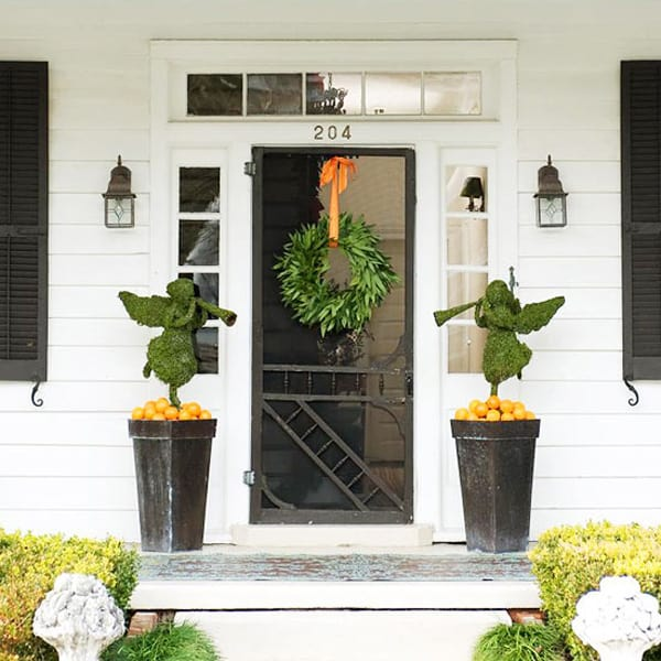 Christmas Porch Decorating Ideas-41-1 Kindesign
