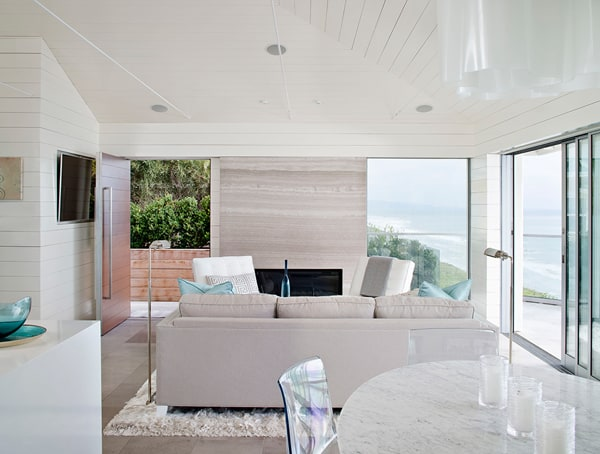featured posts image for Tantalizing modern beach bungalow in Solana Beach