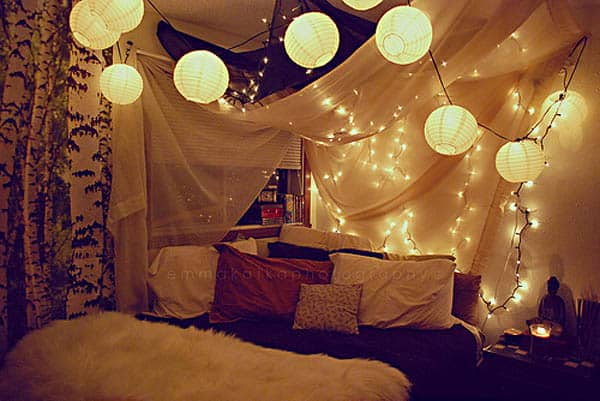 66 Inspiring Ideas For Christmas Lights In The Bedroom