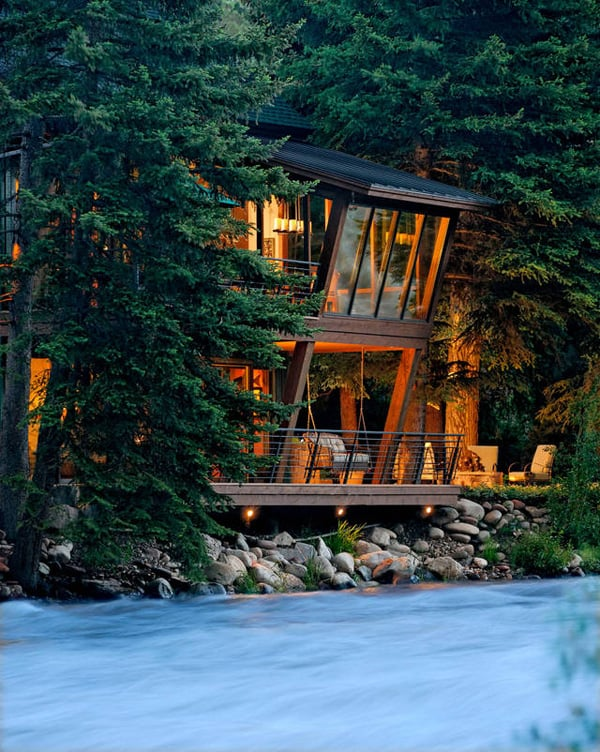 featured posts image for Modern treehouse suspended above a roaring river