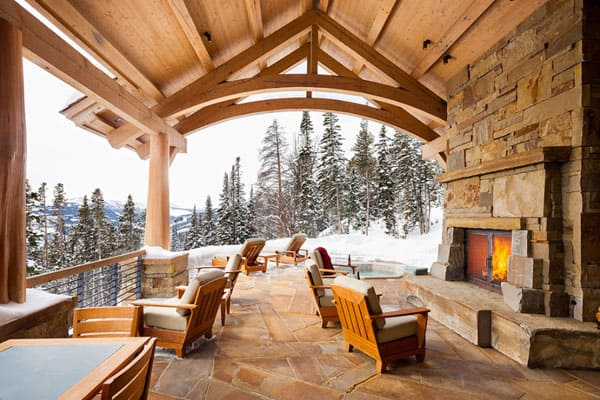 Living Spaces with Snowy Views-13-1 Kindesign