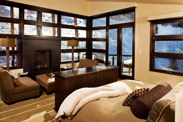 Living Spaces with Snowy Views-15-1 Kindesign