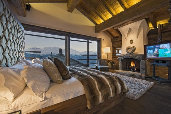 Living Spaces with Snowy Views-38-1 Kindesign