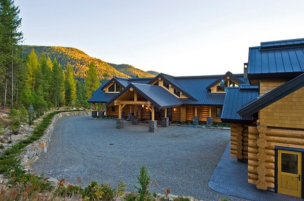 Okanagan Log Home-Sticks and Stones Design Group-29-1 Kindesign
