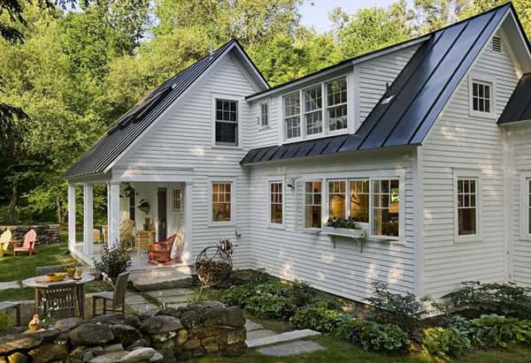 featured posts image for Beautifully renovated antique cape house in Vermont