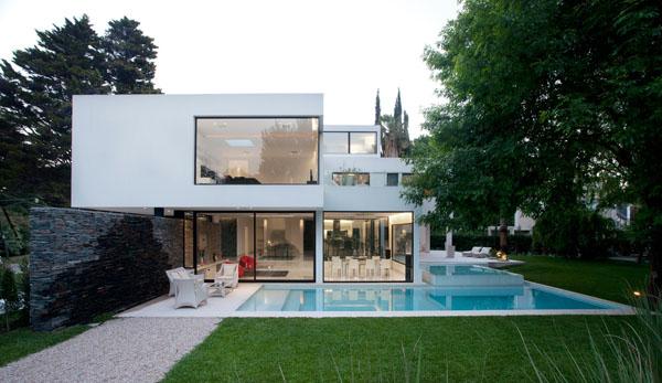 Casa Carrara-Andres Remy Arquitectos-04-1 Kindesign