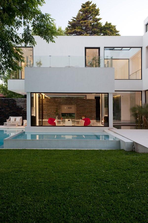 Casa Carrara-Andres Remy Arquitectos-05-1 Kindesign