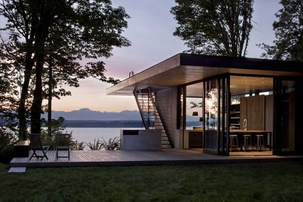 featured posts image for Case Inlet Retreat with amazing views over Puget Sound