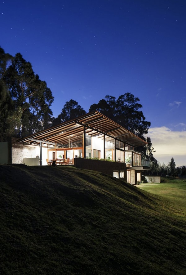 Los Chillos House-Diez Muller Arquitectos-08-1 Kindesign