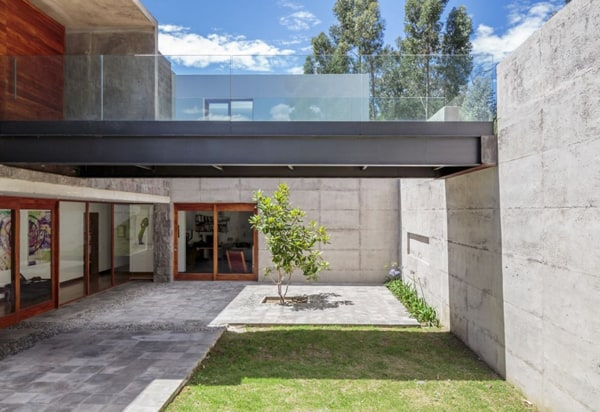 Los Chillos House-Diez Muller Arquitectos-11-1 Kindesign