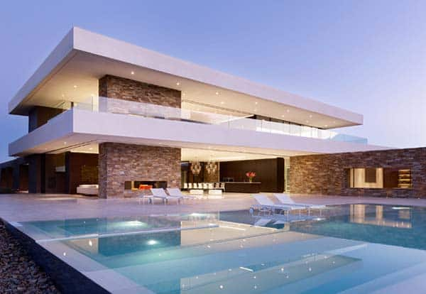 featured posts image for Madison House overlooking a dramatic mountain range