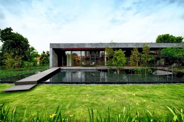 featured posts image for The Wall House with vibrant green roof in Singapore