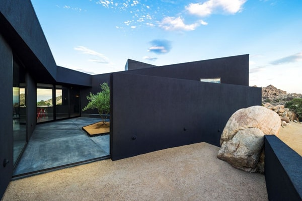 Black Desert House-Oller & Pejic Architecture-16-1 Kindesign