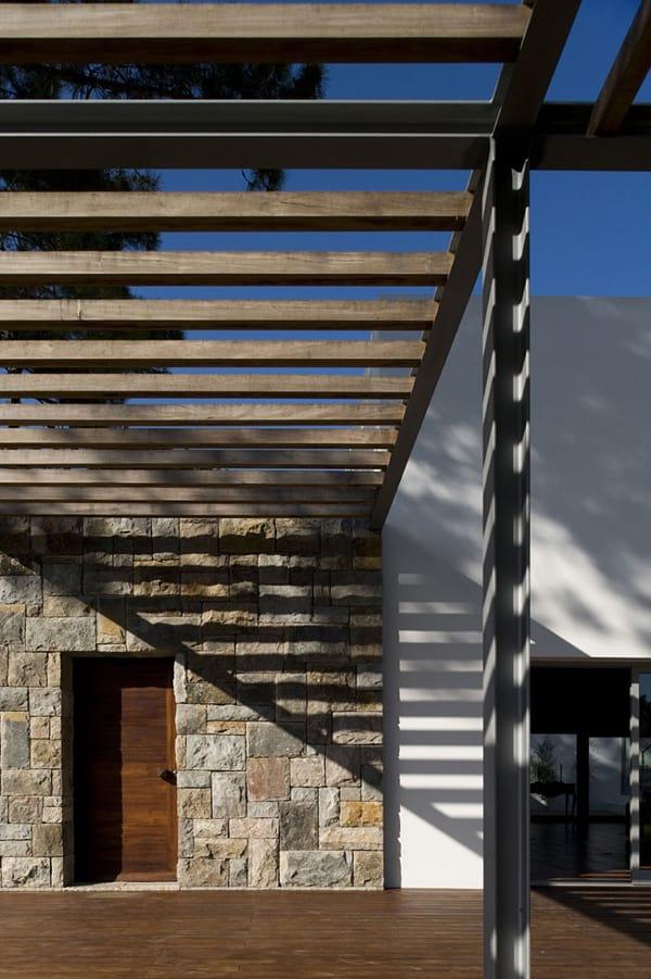 Casa no Banzao ll-Frederico Valsassina Arquitectos-04-1 Kindesign