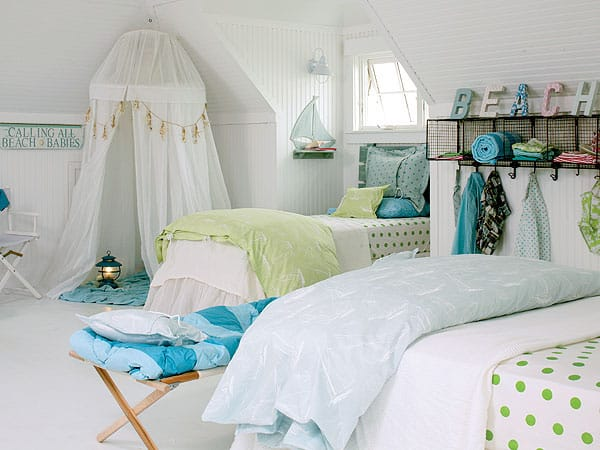featured posts image for 50 Beautiful coastal chic bedroom retreats