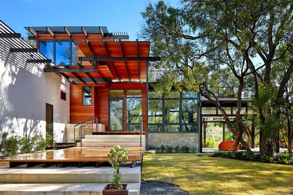 featured posts image for Innovative and Sustainable Green Lantern House in Texas