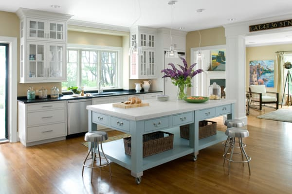 Kitchen Island Design Ideas 06 1 Kindesign