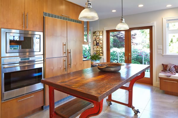Kitchen Island Design Ideas-63-1 Kindesign