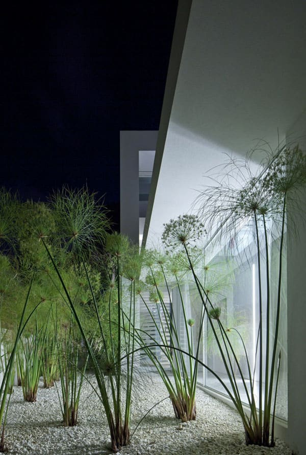 Ramat Hasharon House 13-Pitsou Kedem Architects-12-1 Kindesign